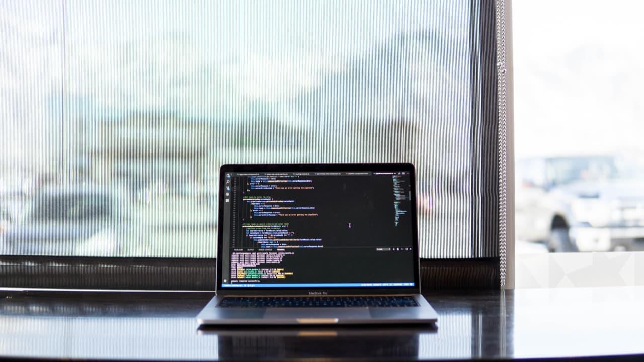 "Weird behaviour of ""new Array()"" in Javascript?"
